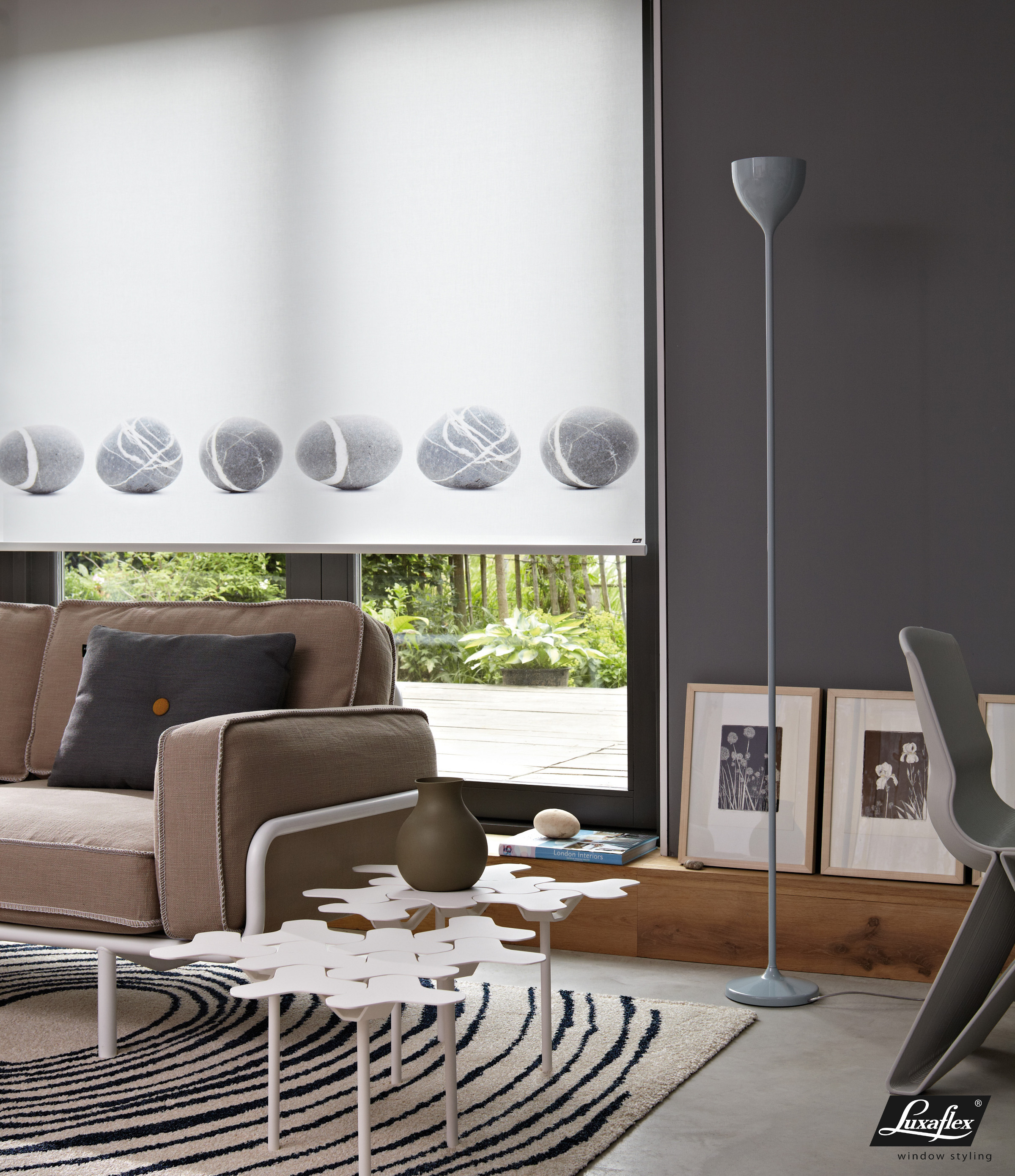 stores e burin. Black Bedroom Furniture Sets. Home Design Ideas